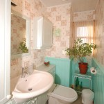 holiday-cottage-bathroom