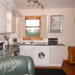 holiday-cottage-kitchen2
